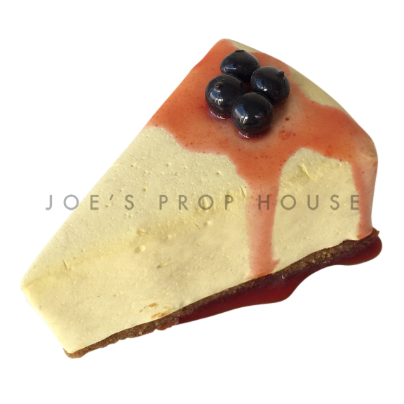 Cheesecake Slice w/Blueberry Coulis