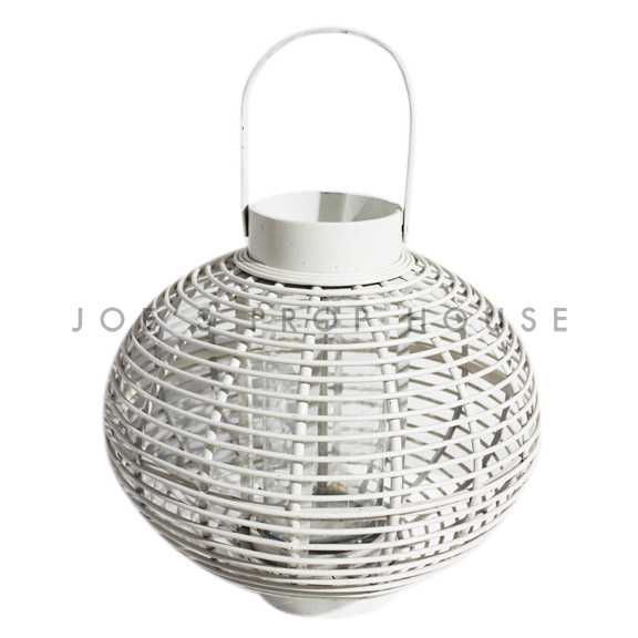 Gardenia Wicker Lantern White Medium