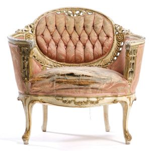Ava Tufted Distressed Chair Pink