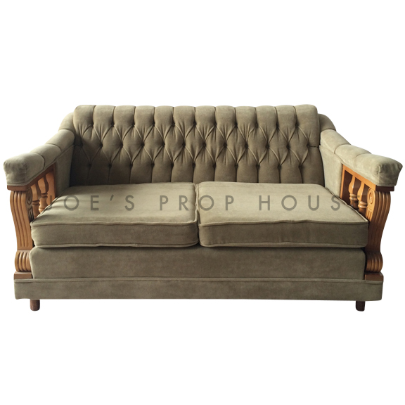 Colton Velour Loveseat Green
