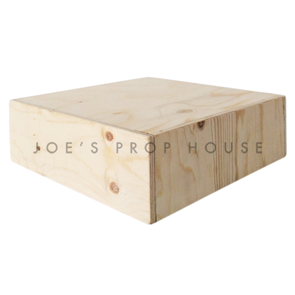 Riser d'affichage carré en bois brut naturel