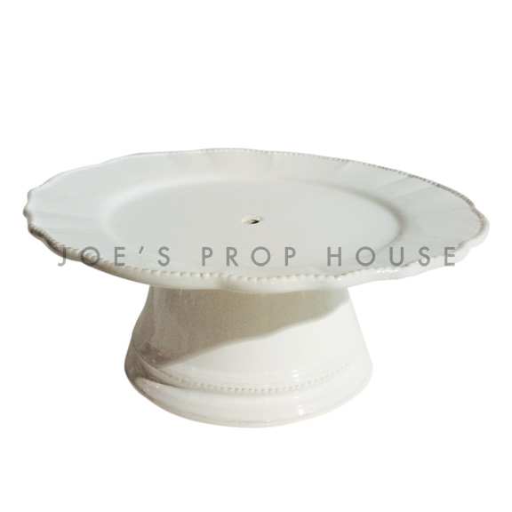 Abigail Round Scallop Porcelain Cake Stand Ivory