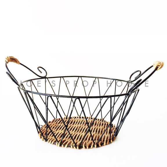 Diamond Criss Cross Round Metal basket w/Handles Black