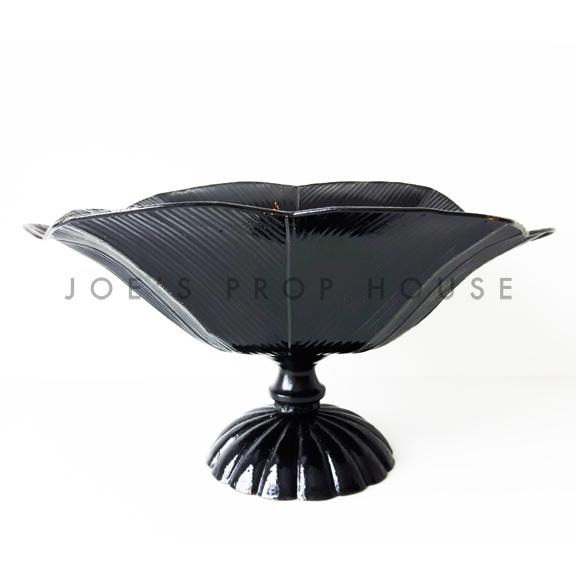 Blossom Metal Peestal Vase Black