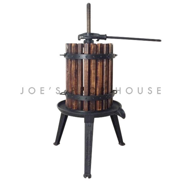 Small Manual Rachet Grape Press w/Wooden Basket Black