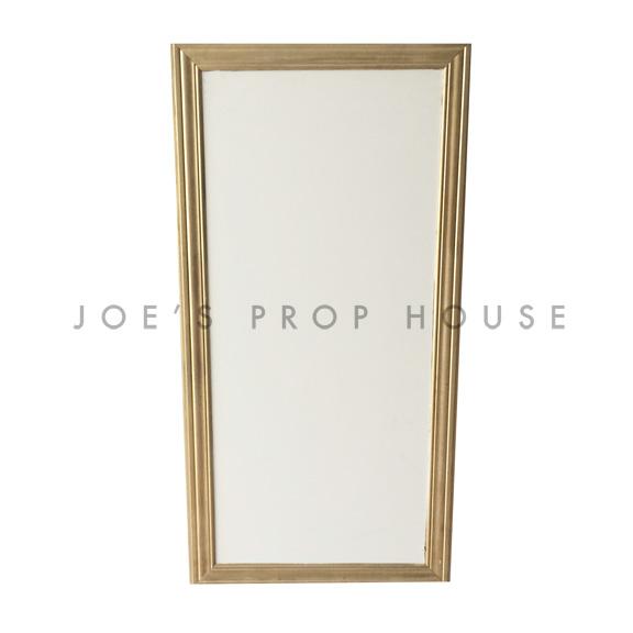 Shelf / Plain Wall BASE Ivory w/Gold Molding W2ft x H4ft