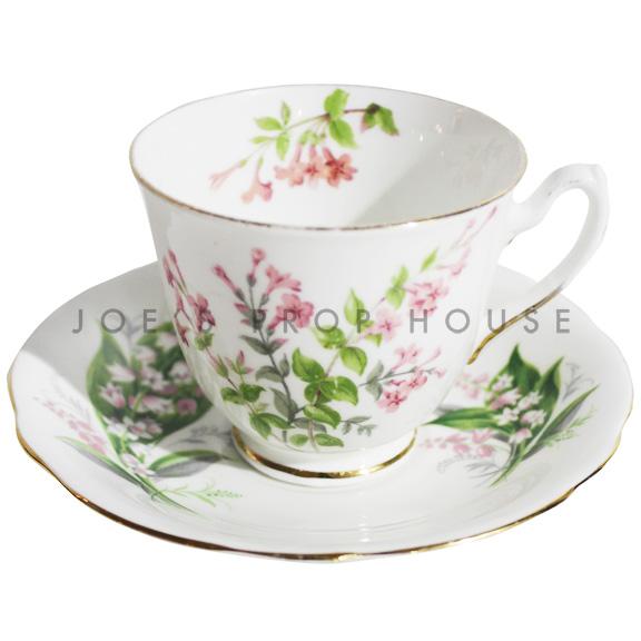 Hera Floral Teacup and Saucer