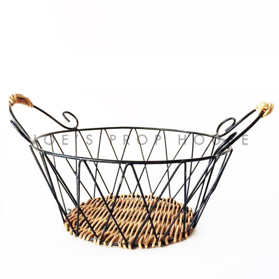 Diamond Criss Cross Round Metal basket w/Handles Black